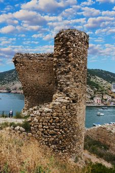 Free Cembolo Genoese Fortress In Balaklava Royalty Free Stock Photography - 32199257