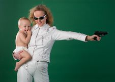 Free Woman With Gun And Son Stock Images - 3220224