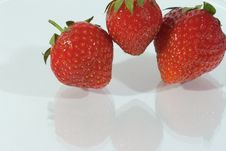 Free Strawberries Royalty Free Stock Photography - 3223037