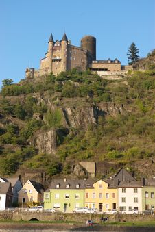 Free Medieval Castle On Hill Royalty Free Stock Image - 3223266