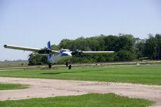 Free Landing Plane Stock Photo - 3224330