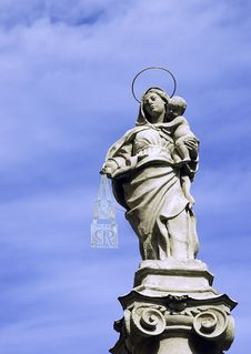 Free Our Lady With Child Jesus Stock Images - 3224554