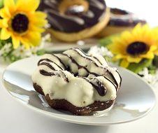 Free White Choco Donut Stock Photos - 3225073