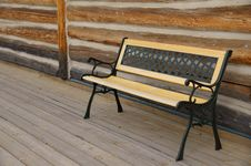 Free Empty Bench Log Cabin Royalty Free Stock Photos - 32223338