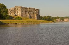 Free Carew Castle Late Afternoon4 Stock Photography - 32240792