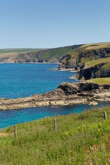 Free North Cornwall Coast From Port Isaac In Direction Of Bude Royalty Free Stock Image - 32246946