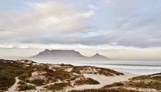 Free Table Mountain Stock Image - 32254001