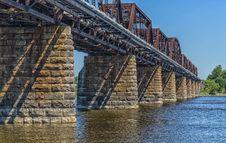 Free Train Bridge Royalty Free Stock Image - 32255516