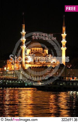 Free New Mosque Istanbul, Turkey Royalty Free Stock Photos - 32269138