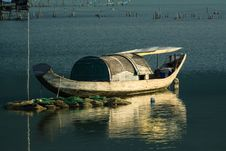 Free Boat In Vietnam Royalty Free Stock Photo - 32263735