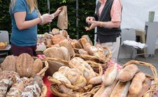 Free Artisanal Bread At Farmers Market Stock Images - 32271794