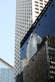 Free Skyscrapper S Reflections Stock Images - 3230394