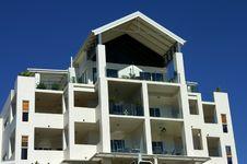 Free White Apartment Building Royalty Free Stock Photo - 3230885
