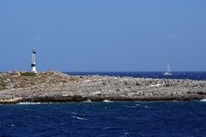 Free Lighthouse And Boat Royalty Free Stock Images - 3233149