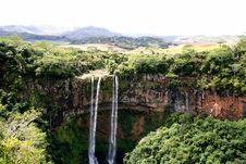 Free Waterfall Stock Photos - 3233373
