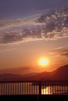 Free Dramatci Sunset Royalty Free Stock Photography - 3234377