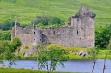 Free A Ruined Scottish Castle. Stock Photography - 32318982