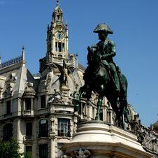 Free Equestrian Statue In Porto Stock Image - 32346531