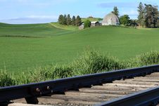 Free Railroad Track And Palouse Farmhouse Royalty Free Stock Photo - 32350995