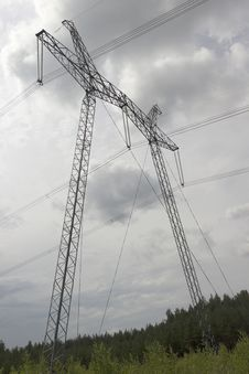 Free High-voltage Support Of Transmission Lines Royalty Free Stock Photography - 32372647