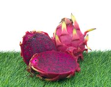 Free Vivid Dragon Fruit Royalty Free Stock Images - 32385229