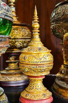 Free Statue Royalty Free Stock Photos - 32392088