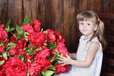 Free Little Beautiful Girl In White Dress And Large Bouquet Stock Photography - 32396192