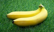 Free Two Ripe Yellow Bananas Royalty Free Stock Image - 32397986