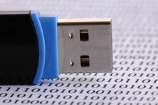 Free Usb Pin Royalty Free Stock Images - 3241269