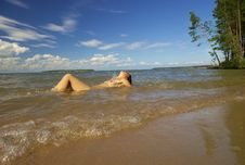 Free Girl Naked On The Beach Royalty Free Stock Photos - 3244748