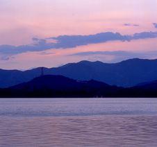 Free YuQuan Mountain And Kunminlake Royalty Free Stock Images - 3248249