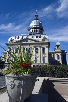 Free State Capitol Of Illinois Royalty Free Stock Photography - 3248727