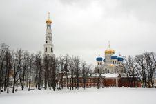 Free Russia. Moscow. Nikolo - Ugreshskiy Monastery Royalty Free Stock Photography - 32405667