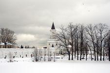 Free Russia. Moscow. Nikolo - Ugreshskiy Monastery . Stock Image - 32406221