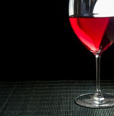 Free Wineglass With Red Wine Stock Image - 32413761