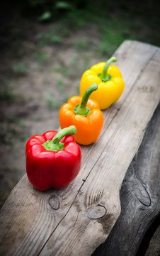 Free Bell Peppers Royalty Free Stock Photo - 32414035