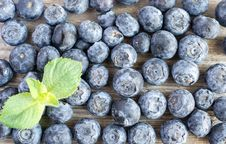 Free Blueberries Stock Image - 32415231