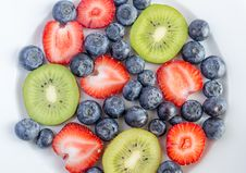 Free Mixed Berries Royalty Free Stock Photos - 32415258
