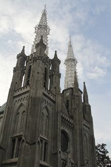 Free Jakarta S Cathedral Royalty Free Stock Photos - 32437818