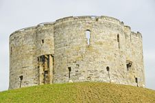 Free Clifford Tower, York Royalty Free Stock Image - 32449126