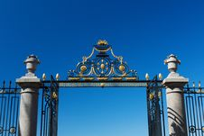 Free The Gate And Fence On A Blue Sky Background Stock Image - 32469131