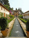 Free Fountains In The Gardens Of Alhambra In Granada, Spain Stock Photography - 32475252