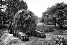 Free Lion Statue Stock Image - 32475051