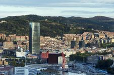 Free Views Of Bilbao City. Stock Image - 32479051