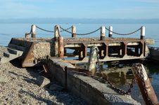 Free Old Ruined Pier In Listvyanka, Lake Baikal Royalty Free Stock Photos - 32486178