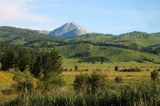 Free Mountainscape In East Kazakhstan Royalty Free Stock Photos - 32488838
