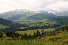 Free Mountainscape In East Kazakhstan Royalty Free Stock Photos - 32489158