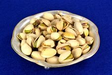 Free Pistachios Royalty Free Stock Photo - 32489895