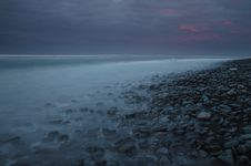 Free Pebbles In The Seashore Stock Photography - 32494472