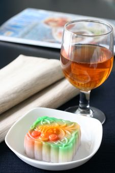 Free Jelly Mooncake Stock Image - 3250501